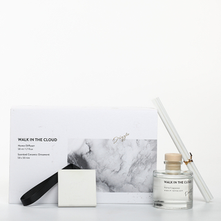 Sound of Wind Collection Walk in The Cloud 370g Scented Clay And 50ml Reed Diffuser Gift Set